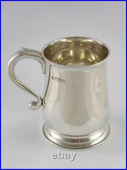 SMART ANTIQUE SOLID STERLING SILVER HALF PINT MUG TANKARD LONDON 1911 265 g