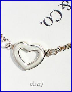 Tiffany & Co Sterling Silver Chain Solid Stencil Hearts Link Toggle Bracelet